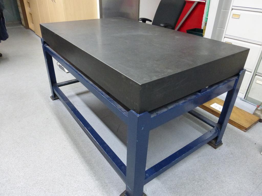 granite table 5ft x 3ft. Black Bedroom Furniture Sets. Home Design Ideas