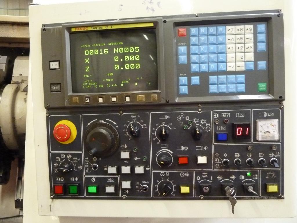 Daewoo Puma 12L CNC Lathe with Fanuc Series 0-T Control