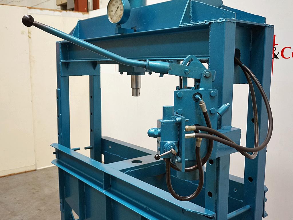 Hydraulic Garage Press
