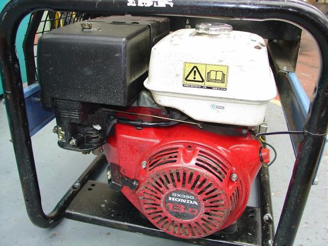 SDMO VX200 4H Mobile Welding Generator, Poweld EW 200 DC Generator & Honda GX390 13.0 Engine