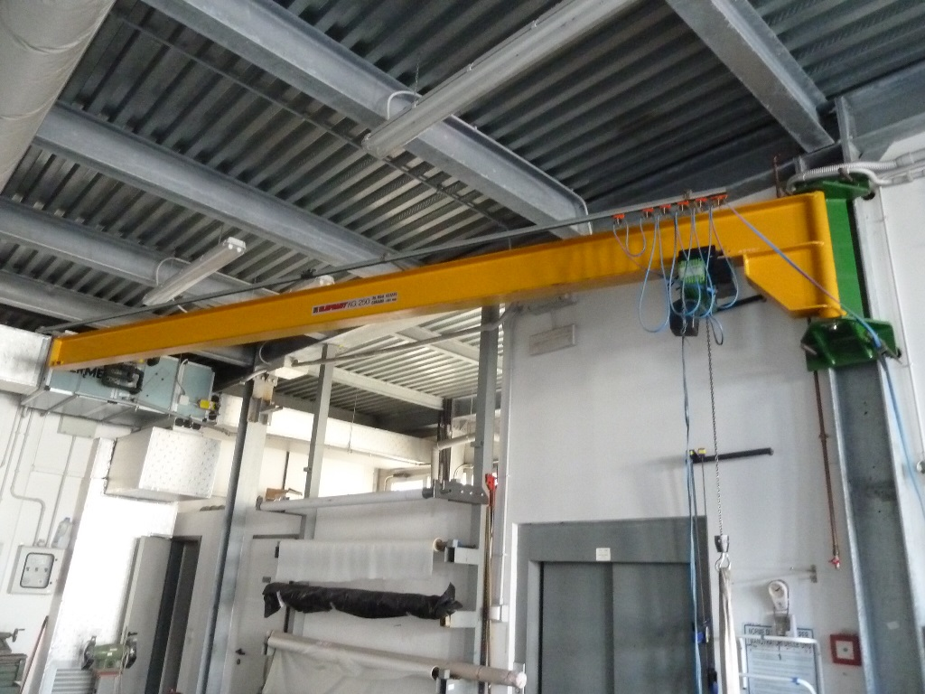 Swing Arm Hoist Mount : Elephant pillar mounted kg swl swing arm jib crane