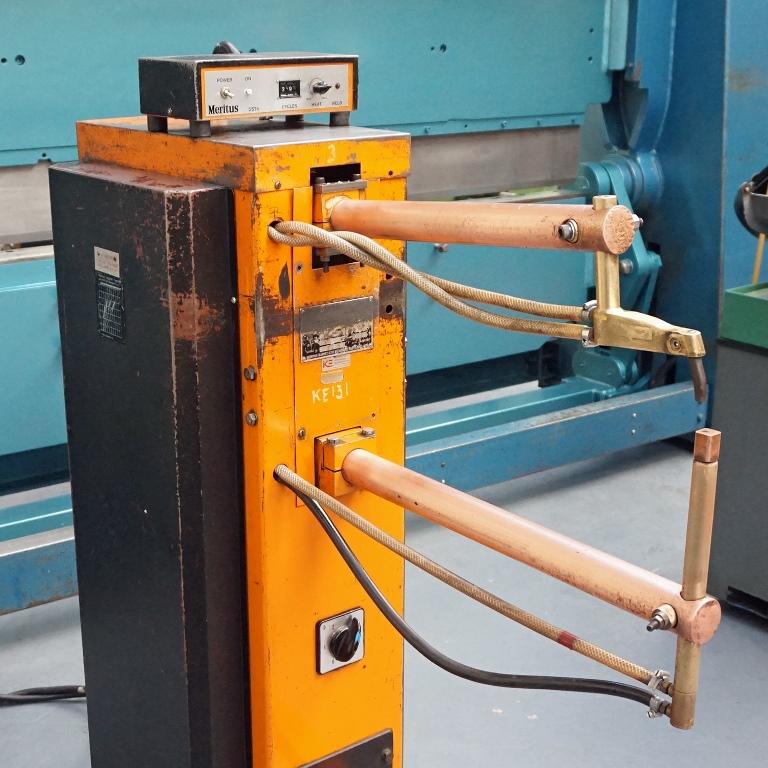 Meritus Type Rps20a Pedestal Sheet Metal Spot Welding Machine