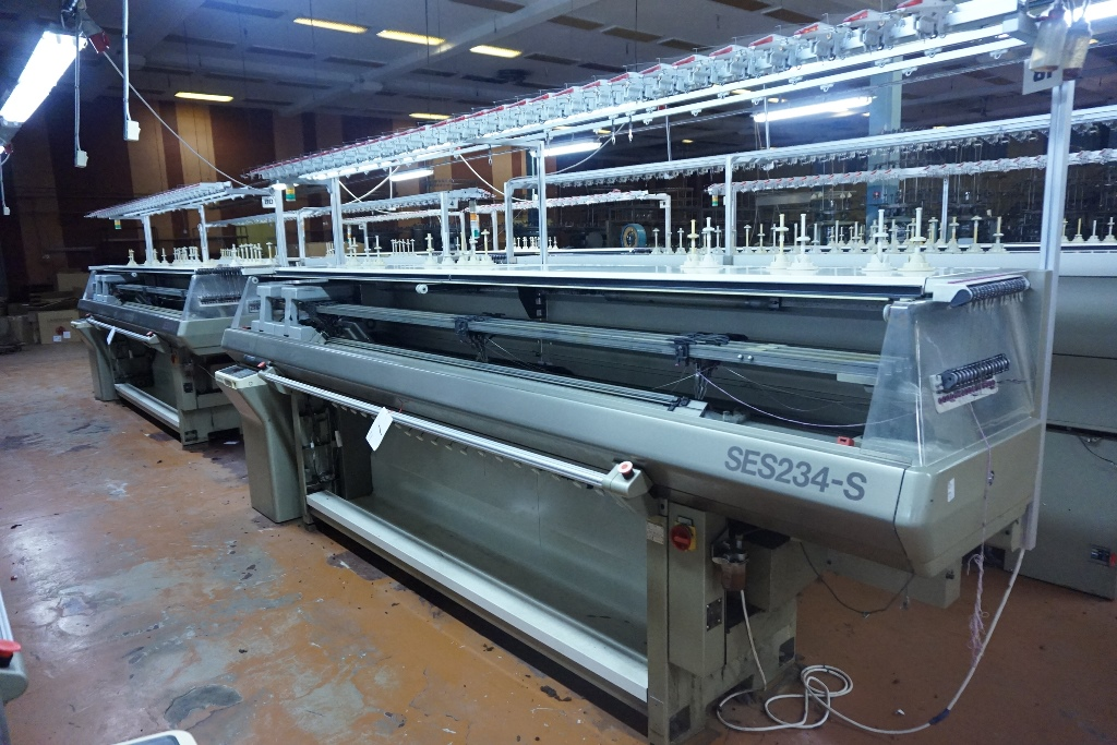 Shima Seiki Type Ses 234s Flat Bed Knitting Machine