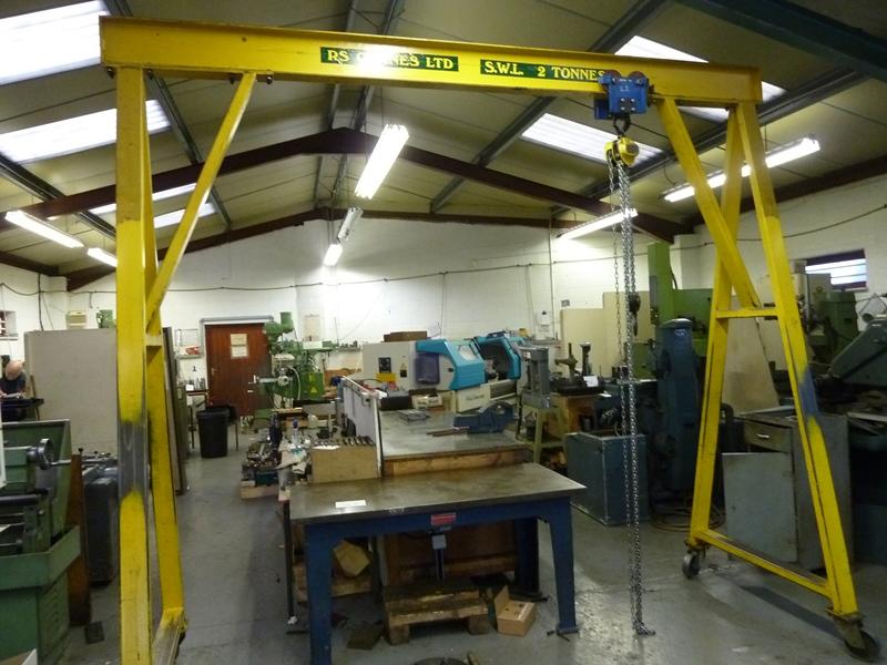3 Ton Gantry : A frame swl ton gantry crane