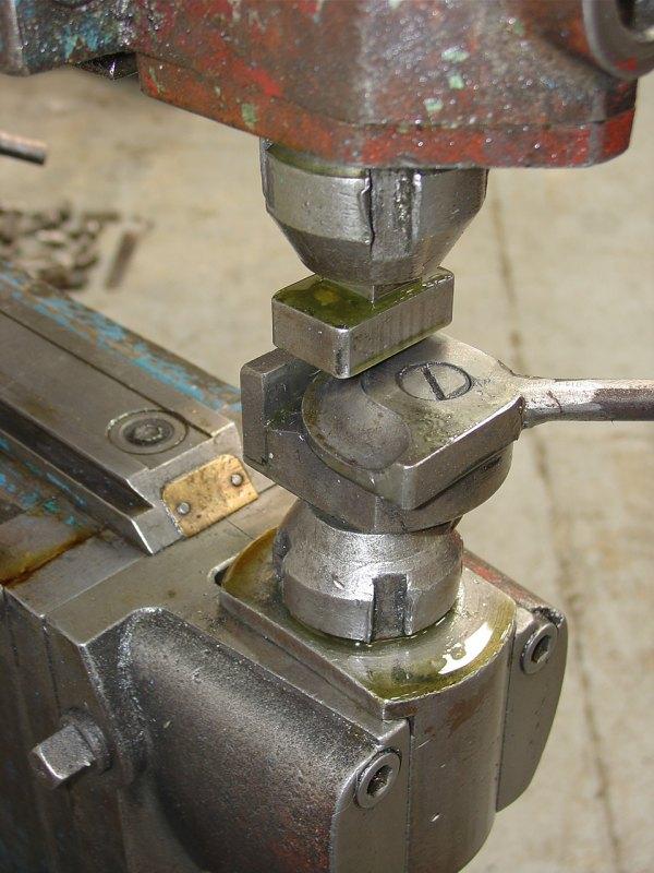 Pullmax Type P5 2 Nibbling Machine