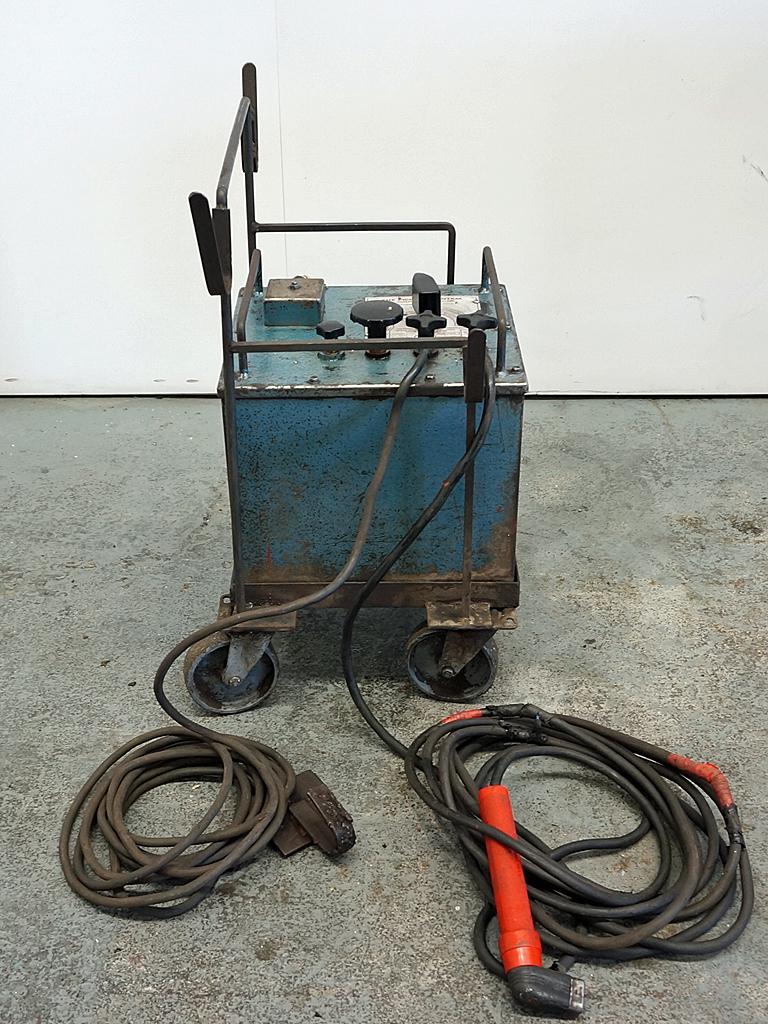 pickhill bantam 180amp oil cooled arc welding set rh cottandco com Manual Stirella Sx8040d Car Owners Manual
