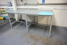 (4) Anti-static Work Benches