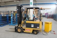 Daewoo Model B25S Triple Mast 2500kg Capacity Electric Forklift Truck